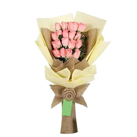 buy 16 pink roses pink bouquet midnight delivery in kanpur