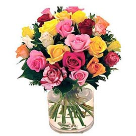 buy 25 mix roses glass vase urgent delivery in Kanpur