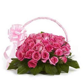 buy 30 dark pink roses basket same day delivery in kanpur