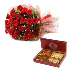 Gift red roses bunch n assorted dry fruits hamper in kanpur