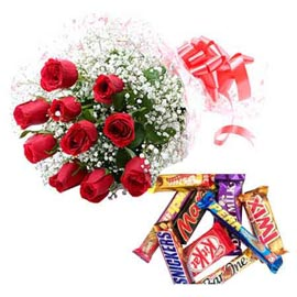 Same day online red roses bunch n big assorted chocolates pack in kanpur