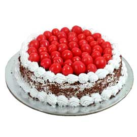 Send online half kg black forest cake delivery in kanpur