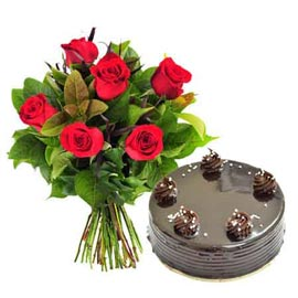 gift online half kg Chocolate cake n 6 red roses bunch in kanpur