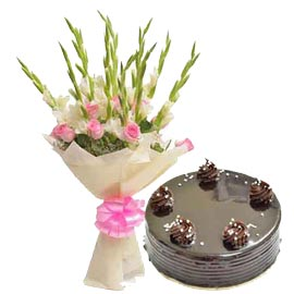Send midnight half kg chocolate cake n 25 mix flowers bunch in kanpur