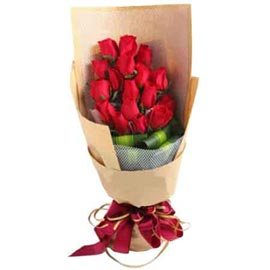 buy 20 red roses brown paper bunch same day delivery in kanpur