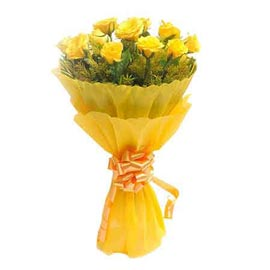 send 10 yellow roses paper bunch midnight delivery in kanpur