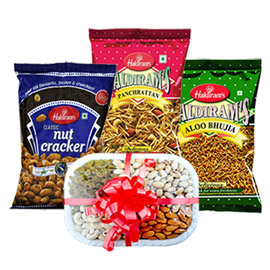 same day online father day gift namkin & dry fruits in kanpur