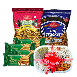 same day online some one spl gift namkin, coockies & dry fruits in kanpur