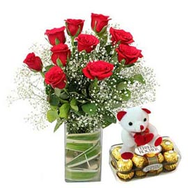 Urgent online red roses in vase, teddy n rocher chocolates in kanpur