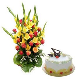 24 Hrs online pineapple cake n 35 mix flowers basket in kanpur