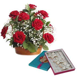 Midnight online Kaju katli n red roses basket combo in kanpur