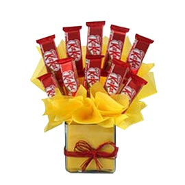 order kitkat love arrangement in kanpur | kanpurgifts.com