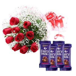 Midnight online red roses bunch n fruit n nut chocolates in kanpur