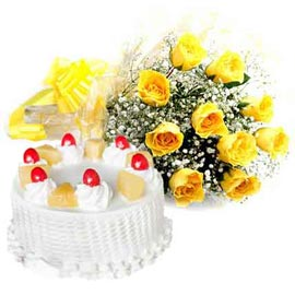 Same day online Pineapple cake n yellow roses bunch in kanpur