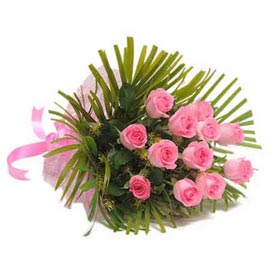 send 15 pink roses bunch same day delivery in Kanpur