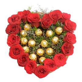 24 Hrs online red roses basket n ferrero rocher chocolate pack in kanpur