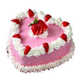 strawberry rich heart midnight cake delivery in Kanpur