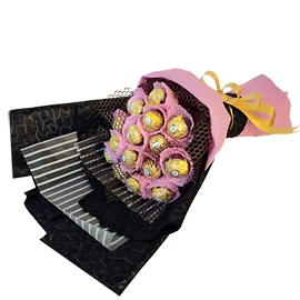 24 hrs online royal rocher bouquet delivery in kanpur