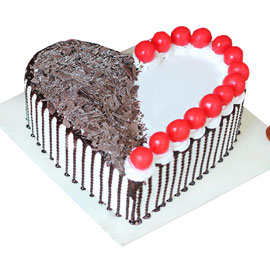 buy online blackforest cherry heart cake delivery in kanpur