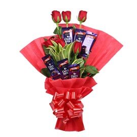 Same day online red roses n dairy milk chocolate bunch in kanpur