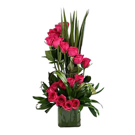 buy dark pink roses vase arrangement 24 hrs delivery in Kanpur