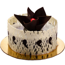 half kg designer chocolate midnight cake delivery in Kanpur