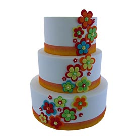 Send online floral tier cake delivery in kanpur