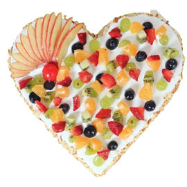 24 hrs Online Fresh Fruit Heart Cake Delivery in Kanpur