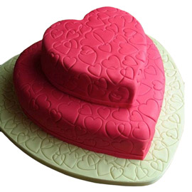 Love Party Cakes online from Kanpur Gifts
