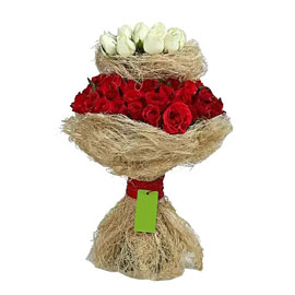 send lovely red n white roses bunch urgent same day delivery in Kanpur