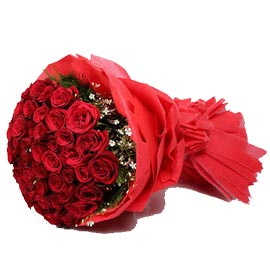 buy 50 red roses red paper packing bouquet same day delivery in kanpur