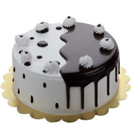 Send Half kg premium black forest cake from kanpurgifts.com - local bakery