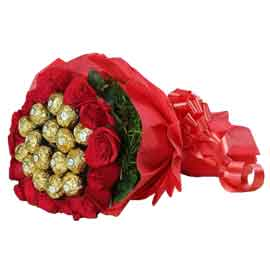 Send online ferrero rocher chocolates n 15 red roses in kanpur