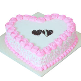 buy online half kg strawberry pink heart cake delivery in kanpur