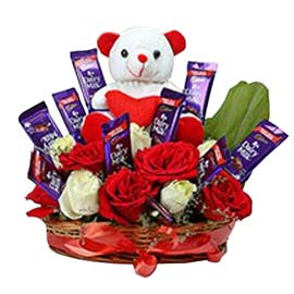 Send online dairy milk chocolate, red roses n teddy in kanpur
