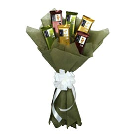 24 hrs online Temptation Chocolate Bouquet delivery in kanpur