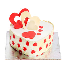 24 hrs online whiteforest heart cake delivery in Kanpur